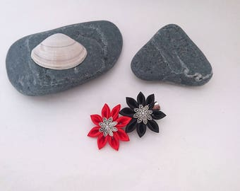 2 simple red and black kanzashi flower hair clip.