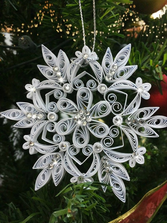 Items similar to Set of 2x Quilling Christmas Snowflake ...