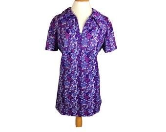 Vintage Retro 70s Medium Purple Pink Floral Short Sleeve V Neck Mini Shift Dress
