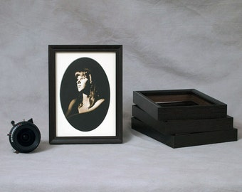 4x6, 5x7, 6x8 Peruvian Walnut Frame - dark exotic wood - attractive ebony black stain finish - thin profile for matted / unmatted pictures