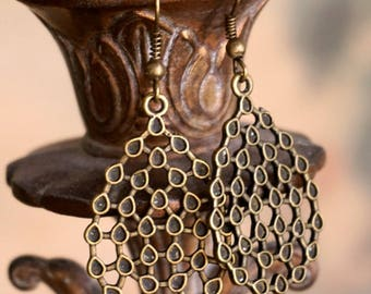 Simple Brass Filigree Earrings in Antiqued Bronze