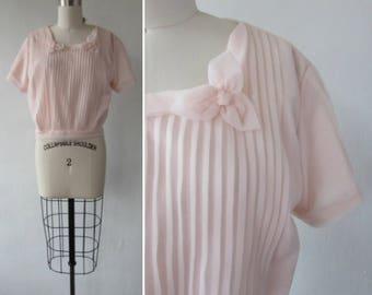 vintage blouse | 1950s blouse | vintage 1950s blouse | 1950's shirt | pink sheer blouse | vintage pink blouse | The Penny Potter Blouse