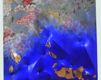 L. Rossanigo-vibrations-gold leaf on blue on printed canvas everted-cm. 50x50x5-on table and without frame