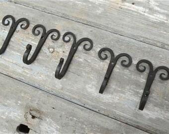 Set of 5 handmade Gothic curled top wrought iron coat hooks hand beaten blacksmith coat hook hanger GC1