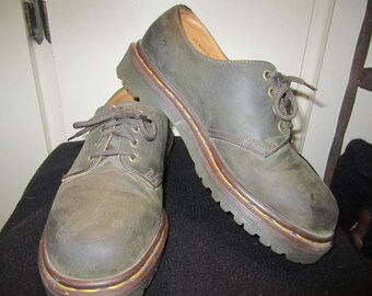 Vintage Authentic Brown Doc Marten Oxfords Size UK 6 US 8 Made In England