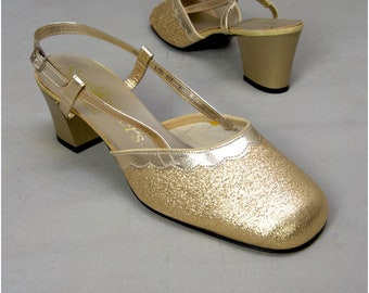 Vintage shoes, 1960's Ladies sling back shoes, Metallic gold evening / party shoes, 60's unworn, 'Deadstock', Sixties Mod / GoGo shoes, UK 5
