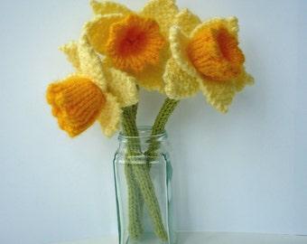 Daffodil Knitting Pattern, Knit Flower Pattern, Spring Knit Pattern, Easter Knitting, Daffodil Pattern, Digital Download PDF Pattern