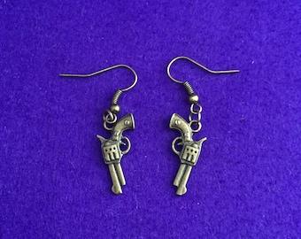 Gun earrings / gun jewellery / gun jewelry