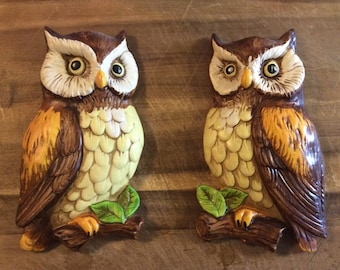 Chalkware Owl pair wall art- Japan- Excellent condition!