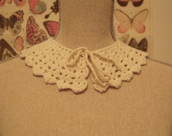 vintage crochet lace collar / detachable antique collar