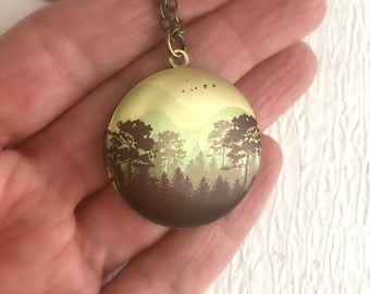 Mountains and Trees Locket Necklace, round brass locket, travel jewelry, hiking gift, camping jewelry, gold locket pendant, man locket