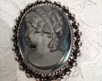Vintage Grey Cameo Brooch With Unusual Mirror Backdrop, and Silver Tone Metal Beaded Frame.