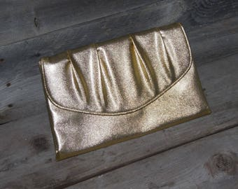 Vintage Gold Lame Clutch Purse / Prom Purse / Bridesmaid Gift / Formal Evening Bag / Gold metallic Purse / Gold Handbag