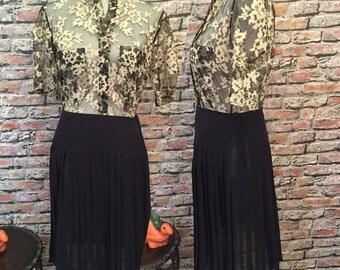 Vintage Krizua Black Sheer Silk Knife Pleat Short Skirt  Made in Italy  Euro size 42