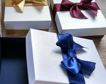 Bridesmaid gift box, wedding favor box, gift box with lids, Packaging box, Gift box, gold, navy box, burgundy box. Jewelry Packaging Boxes