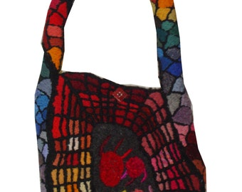 Geek Chic - embroidery sculpted handbag (David Wolfe, 2013)