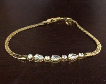 Gold Chain Bracelet with 7 Rhinestones