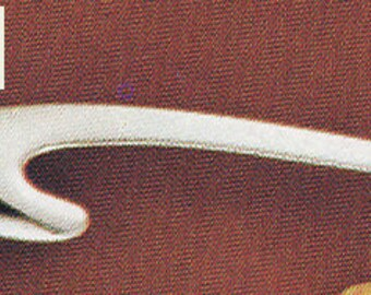 ANTIQUE Sarah Coventry Jewelry -Contour Pin  -#6046