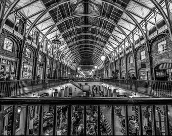 Covent Garden - Black and White
