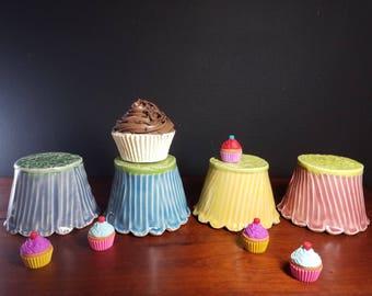 Cupcake stand, mini cake display, bonbon pedestal