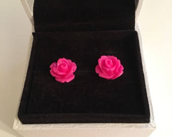 10mm Rose Cabouchon stud earrings (pink)