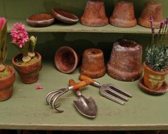 Antique Style Garden Tools ~ 1:12 Scale Miniature Dollhouse Garden