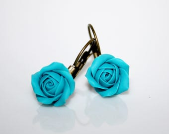 Stud Earrings * small turquoise Roses *.