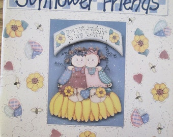 "K Vintage  Decorative Tole painting "" Country Fixin's Sunflower Friends"" 1995used booklet 74 pages"