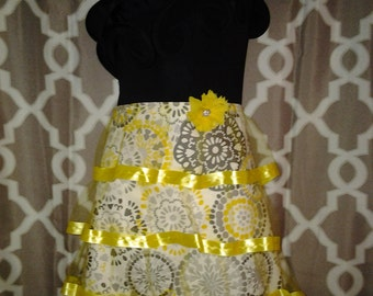Couture Yellow and Grey Waistline Apron