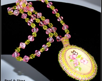 Bead embroidery - statement necklace -  bead necklace - bead embroidery necklace - beaded jewelry - necklace pedant - bead necklace