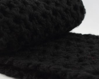 Black Scarf, Chunky Oversized Infinity Scarf, Black Crochet Snood, Fall Gift for Her, Winter fashion, Neckwarmer, Cowl for Mom