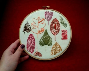 Festive Fall Leaves Embroidery 7 Inch Hoop Art, Embroidery Art, Hand-Stitched Embroidery, Modern Embroidery, Autumn