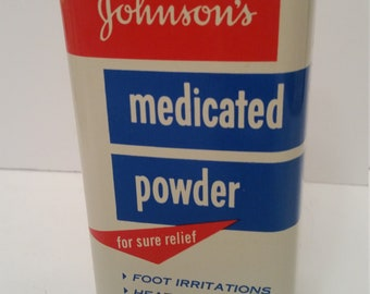 "Vintage Johnson's Medicated Powder Tin Made by Johnson & Johnson Made in USA 1959 9 Oz Tin Twist Top Shaker New Bruswick, NJ 6""x 2""x 2 1/2"""