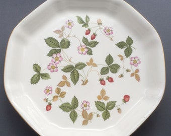 Wedgwood Wild Strawberry Large Octagonal Serving Dish