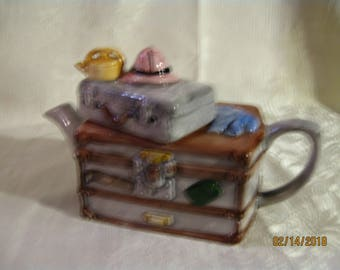 Vintage Ceramic Steamer Trunk with Suitcase Teapot