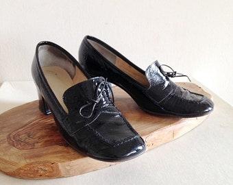 Vintage Black Patent Leather Shiney MOD 1960s Loafers Size 7 1/2