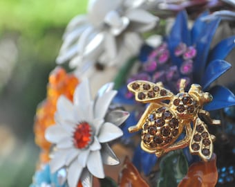 CUSTOM Vintage BUMBLE BEE Accented Wedding Brooch Bouquet - to fit your style, budget & colors - plus lifetime guarantee