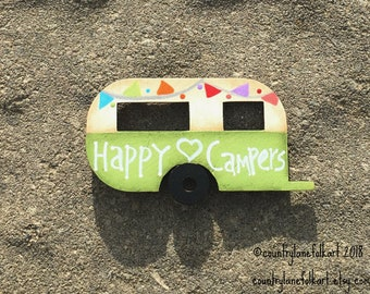 kitchen magnets, vintage camper magnet, happy campers,  refrigerator magnets, hand painted  camper, camper decor, mother gift from daughter