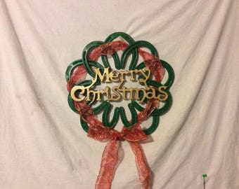 Horseshoe Christmas Wreath / Holiday Decor / Barn Wall Art / Welcome Sign