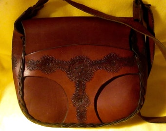 Vintage, Saddlebag Style, Latigo Leather Handbag from the 70's.