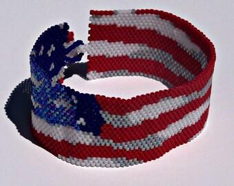 American Flag Bracelet Pattern - Peyote Pattern