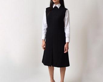 1960s Black Wool Sheath Dress 60s Vintage Sleeveless Jumper Dress  M L