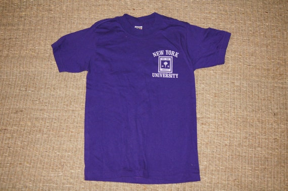 Vintage 1970's - NYU T Shirt - Size Small Womens - Velvet Logo - Purple - New York University Vintage Tshirt 1QcPU3Hzq