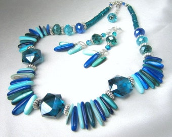 SALE 25% off! Ocean Aqua Blue and Teal Mother of Pearl Shell Dagger Necklace and Earrings Set