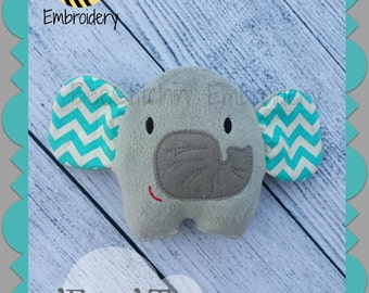 ITH  'Ello' the Elephant -softie - 3 sizes - Embroidery Design INSTANT DOWNLOAD