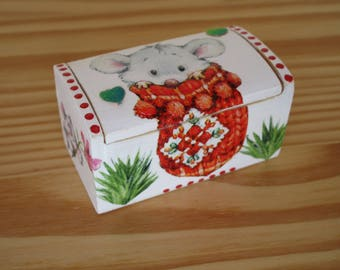 Teeth wooden box, pattern mouse to milk teeth