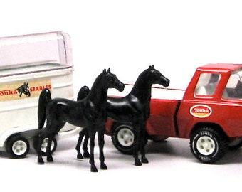 Tonka Truck with 2 Horses and Horse Trailer c1970