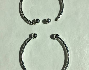 2 unscrwable ball silver plated Bangle bracelet