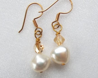 Freshwater cultured pearl and Swarovski earrings