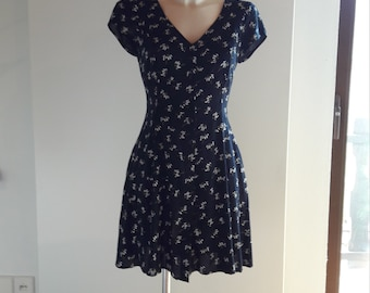 90s navy daisy floral print skater button up dress